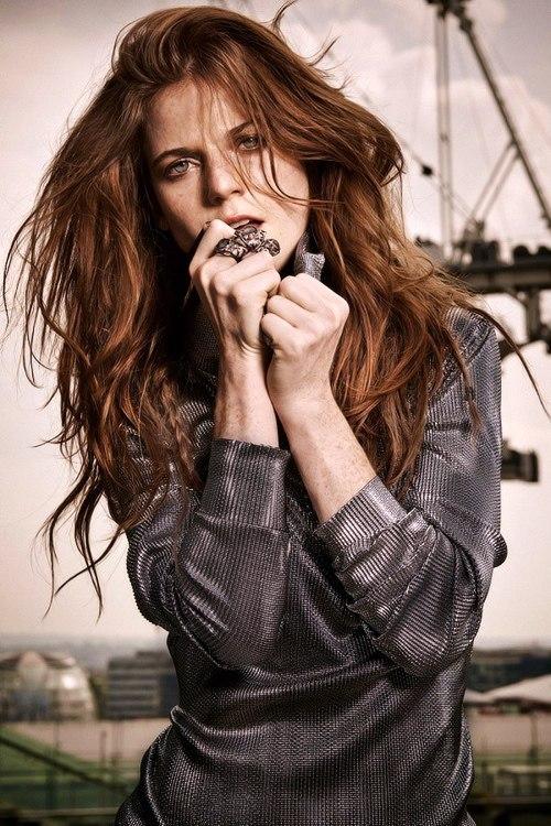 Роуз Лесли для журнала BEAUTY ноябрь 2014 год