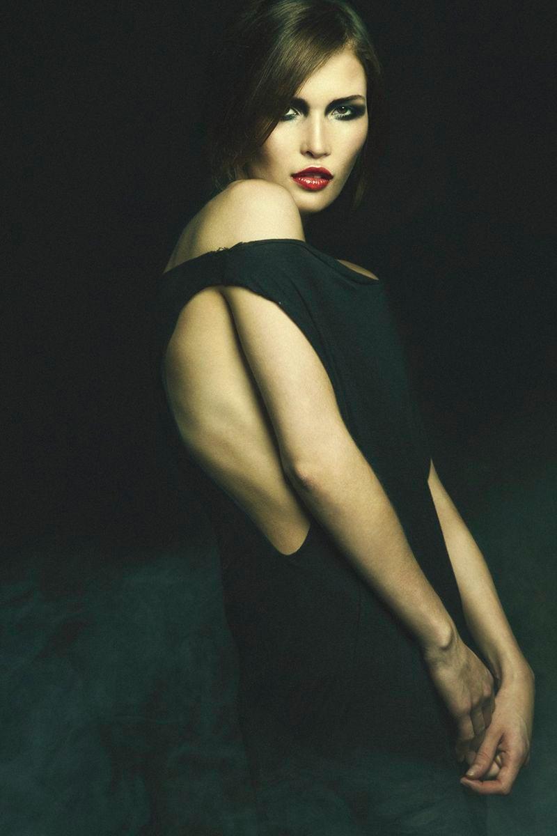 Лукерья Ильяшенко фото эротическое